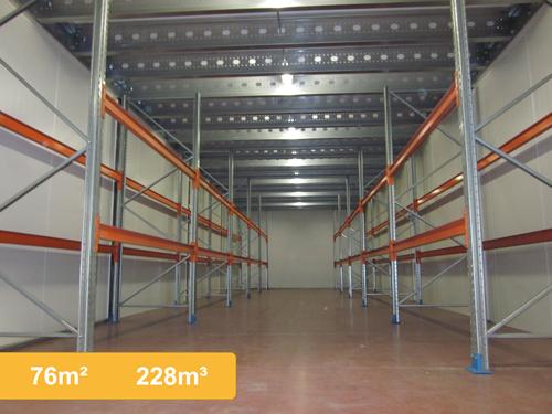 Caluvan opslagruimte - Kantoor met geintegreerde opslagruimte ...